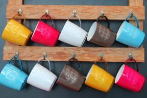 Porta-xícara com madeira de demolição com as Lumberjills