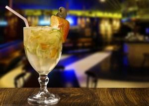 Drink Caipirinha de Caju com Erick Passarelli