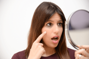 6 motivos para tirar a maquiagem antes de dormir com Giselle Sanches