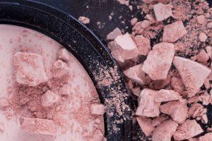 Diferenças entre produtos de maquiagem com Michelle Aprigio