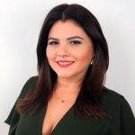 Tv Catia Fonseca elegante em dias quentes