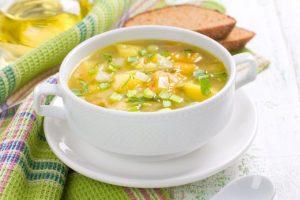 Receita da revista da Catia: Sopa de alho-poró e gengibre