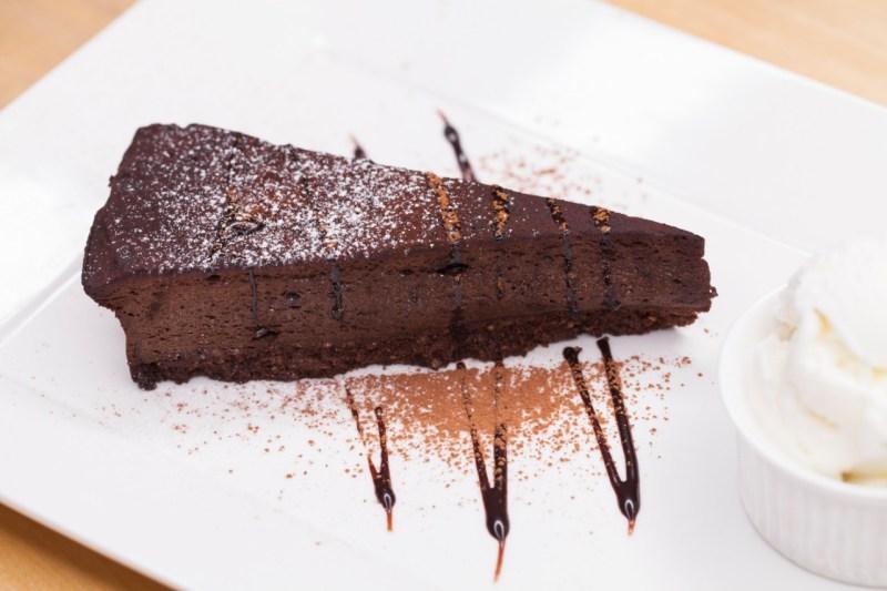 Tv Catia Fonseca Choco punk pie (torta de chocolate) do Punk na Cozinha