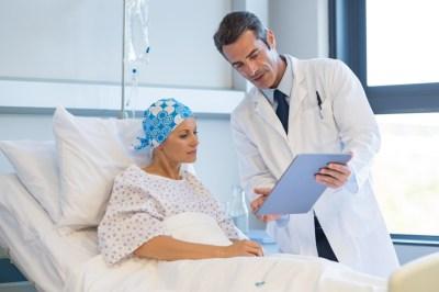 Outubro rosa: veja os tratamentos indicados para as dores do câncer tratamento