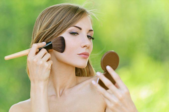 Maquiagem leve para o verão por Bruna Soares