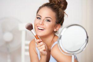 Maquiagem para festas de fim de ano em empresas por Bruna Soares