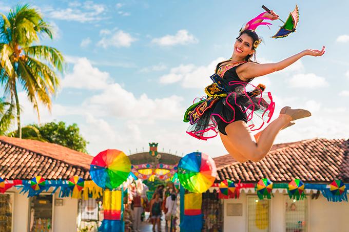 Tv Catia Fonseca Já é Carnaval: Aproveite a folia no Nordeste - Frevo - Recife