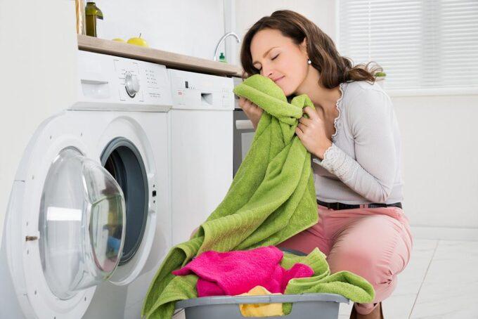 3 erros ao lavar toalha de banho por Ingrid Lisboa