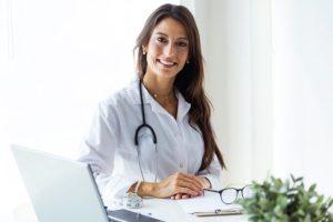 O que são miomas uterinos por Ana Paula Mondragon