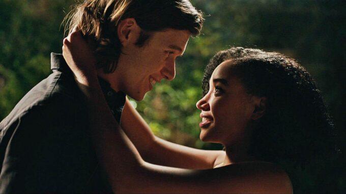 Globo vai exibir o filme Tudo e Todas as Coisas na Sessão da Tarde desta quinta-feira (22)