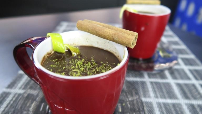 Chocolate quente maravilhoso da Catia!