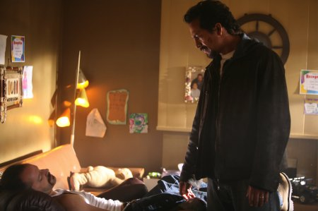 The Cleaner - Gil Bellows as Mickey Efros and Benjamin Bratt as William Banks
