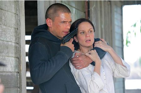 Prison Break - Wentworth Miller as Michael and Sarah Wayne Callies as Sara