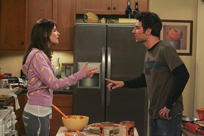 """HOW I MET YOUR MOTHER - Ted (Josh Radnor) and Robin (Cobie Smulders) in """"Slapsgiving"""""""