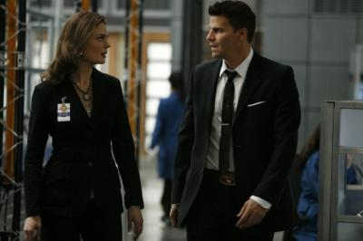 "BONES - Emily Deschanel as Brennan and David Boreanaz as Booth in ""The Knight on the Grid"""