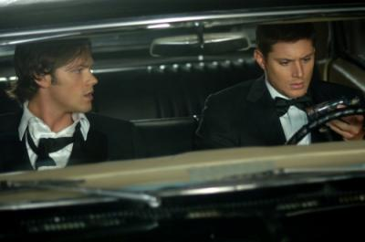 """SUPERNATURAL - Jared Padalecki as Sam and Jensen Ackles as Dean in """"Red Sky at Morning"""" on The CW"""