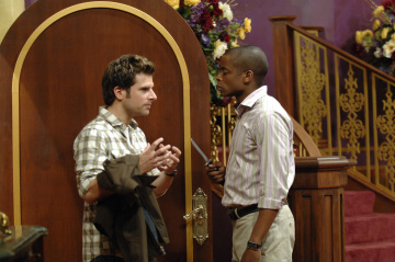 "PSYCH - James Roday as Shawn Spencer and Dule Hill as Burton 'Gus' Guster in ""Lights, Camera, Homicido"""