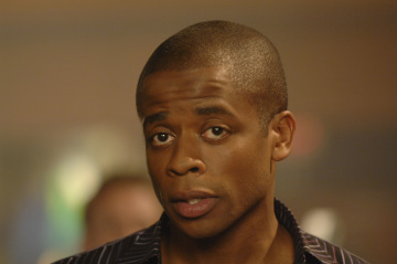 """PSYCH - Dule Hill as Burton 'Gus' Guster in """"Black & Tan - A Crime of Fashion"""""""