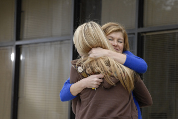 "FRIDAY NIGHT LIGHTS - Aimee Teegarden as Julie Taylor and Connie Britton as Tami Taylor in ""Leave No One Behind"""