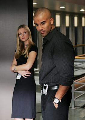 "CRIMINAL MINDS - A.J. Cook as Jareau and Shemar Moore as Agents Morgan in ""Damaged"""