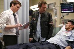 House (Hugh Laurie, C) and Wilson (Robert Sean Leonard, L)