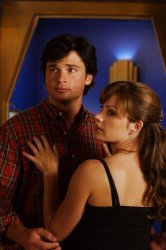 Smallville - Erica Durance as Lois Lane, Tom Welling as Clark Kent