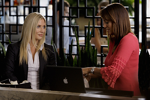 Emily Procter as Calleigh Duquesne, Eva La Rue as Natalia Boa Vista