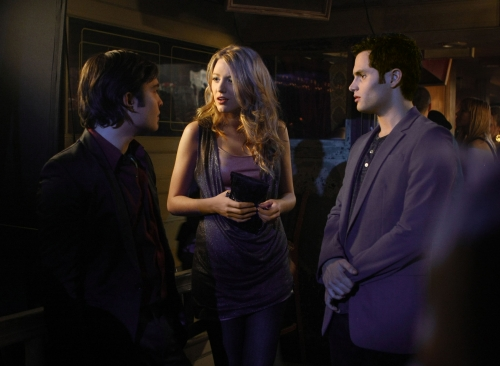 Ed Westwick as Chuck, Blake Lively as Serena, Penn Badgley as Dan