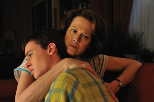 Ryan Kelley, Sigourney Weaver - Prayers for Bobby