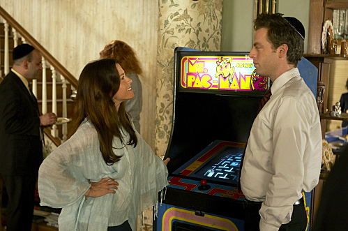 Alanis Morissette as Dr. Audra Kitson and Justin Kirk as Andy Botwin