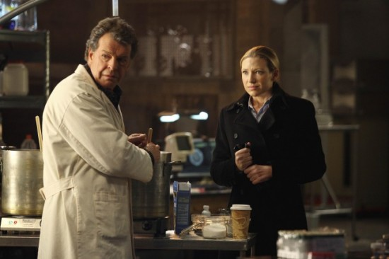 FRINGE Olivia. In the Lab. With a Revolver
