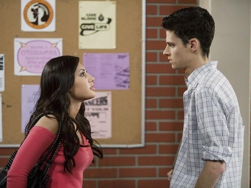 The Secret Life of the American Teenager (Season 3 Episode 5)