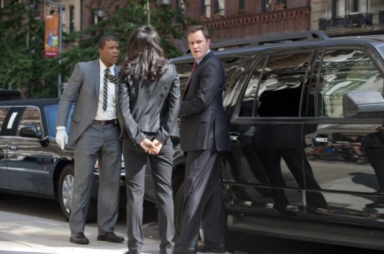 """WHITE COLLAR """"Unfinished Business"""" Review"""