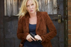 Chase - Kelli Giddish as Annie Frost