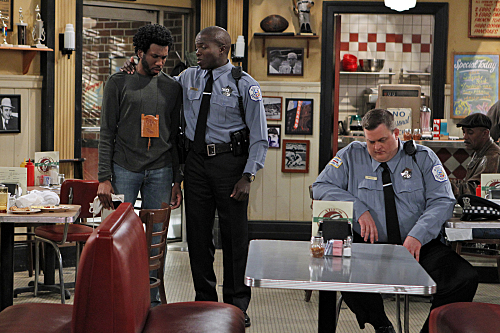 Mike & Molly (CBS) Samuel Gets Fired