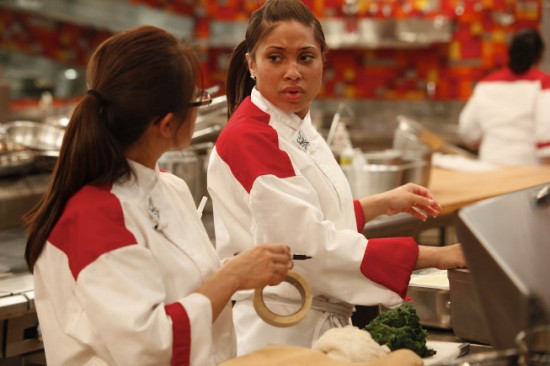 Hell 39 s kitchen 15 chefs compete review tv equals for Hell s kitchen season 15 episode 1