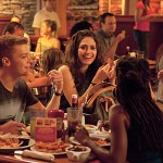 """Shameless (Showtime) """"I'll Light a Candle for You Every Day"""" Season 2 Episode 3 (7)"""