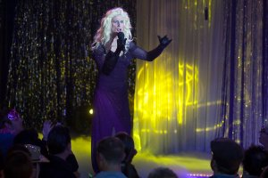 In Plain Sight Drag Me to Hell Season 5 Episode 5 (4)