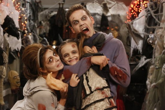 Guys with Kids Episode 6 Apartment Halloween