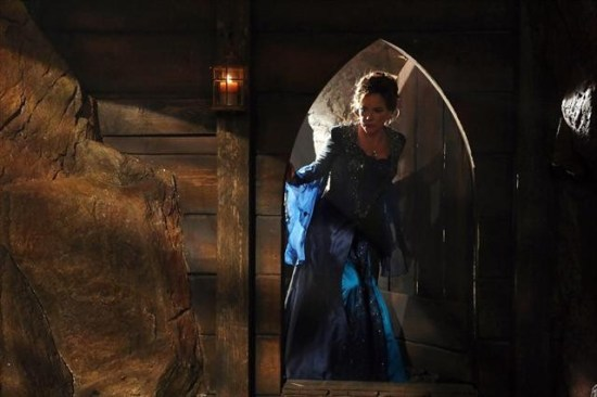 Once Upon a Time Season 2 Episode 8 Into the Deep (9)