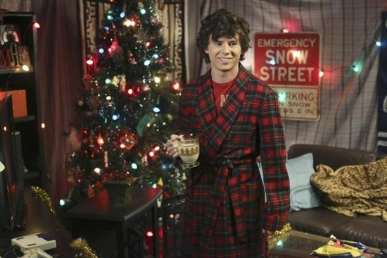 The Middle Season 4 Episode 8 Christmas Help (8)