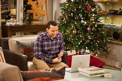 Two and a Half Men Season 10 Episode 11 Give Santa A Tail-Hole (2)