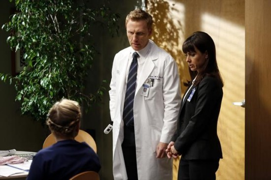 Grey's Anatomy Season 9 Episode 12 Walking on a Dream (6)