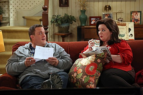 Mike & Molly Season 3 Episode 12 Molly's Birthday (7)