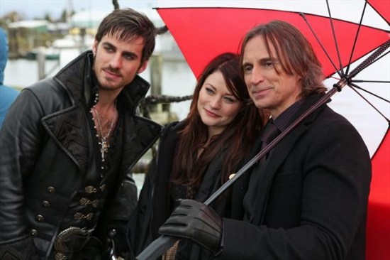 """Once Upon a Time Season 2 Episode 11 """"The Outsider"""" (2)"""