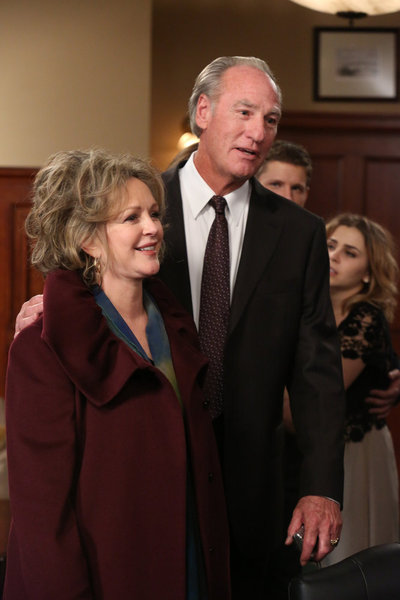 Parenthood Season 4 Episode 14 One Step Forward, Two Steps Back (2)