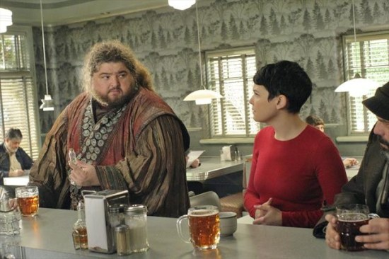 Once Upon a Time Season 2 Episode 13 Tiny (4)