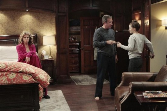 Last Man Standing Season 2 Episode 15 Breaking Curfew (5)