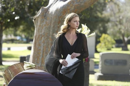 Revenge Season 2 Episode 15 Retribution (9)