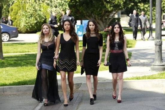 Pretty Little Liars Season 4 Episode 1 A is for A-L-I-V-E (7)
